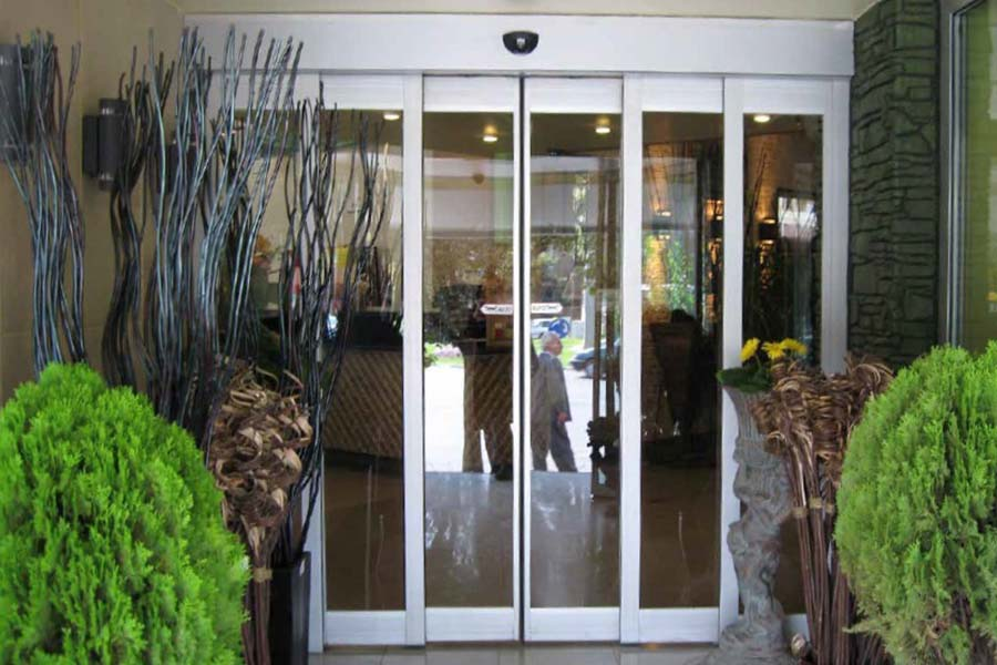 EDM 18NII 2S - Automatic Door - Photo 1