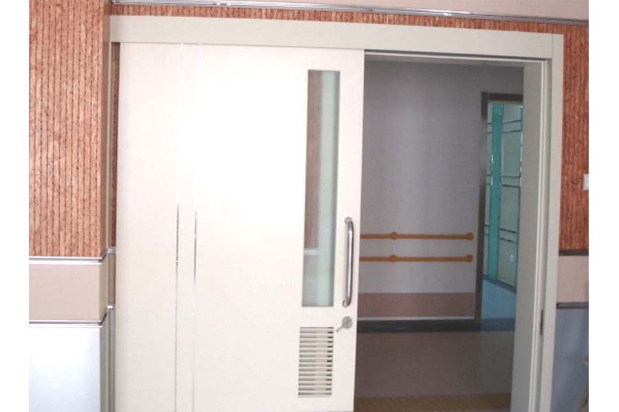 MM30 - Automatic Door - Photo 1